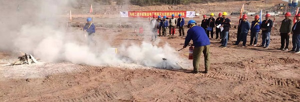江西瑞金电厂项目部开展消防宣讲和消防技能学习活动2.jpg